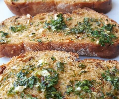 Spicy Chilli Bread Garlic Bread